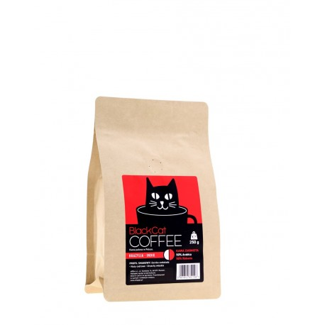 MieszankaBLACK CAT Brazylia-Indieto ziarna z polskiej, lokalnej palarni, które zachwycają kawoszy idealnym balansem pomiędzy różnorodnymi aromatami oraz smakami.Brazylijska arabika (50%) i indyjska robusta (50%) uwalniają aromaty utrzymujące się na podniebieniu przez długi czas.
