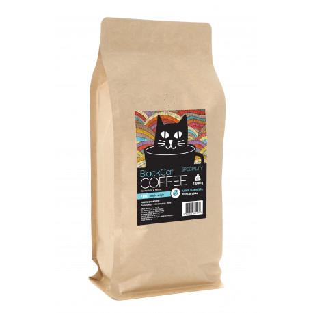 Kawa specialty, pochodząca z rejonu Tunquimayo w Peru. Wysokość uprawy: 1800 m.n.p.m. 100% arabica w odmianie Catimor, Typica. Profil smakowy: mandarynka / miód