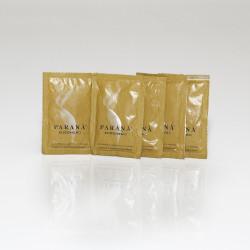 Cukier trzcinowy Caffè PARANÀ może służyć zarówno do słodzenia, jak i dekoracji napojów. Pojemny karton z cukrowymi torebkami to gwarancja, że nie zabraknie Ci go.